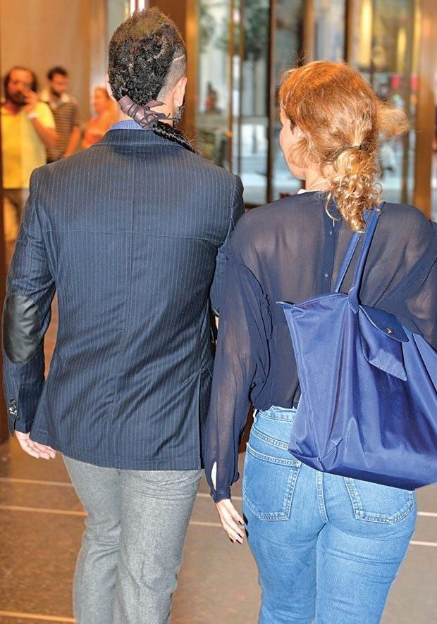 Rıza Kocaoğlu sevgilisi Eylül Su Sapan ile Nişantaşı'nda