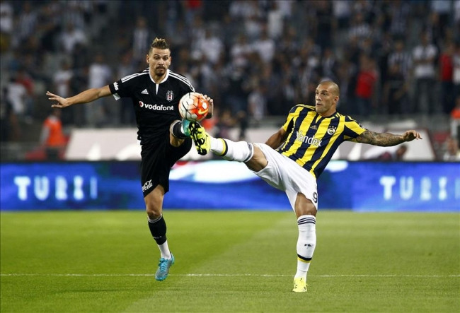 Beşiktaş-Fenerbahçe maçından kareler