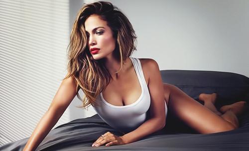 Jennifer Lopez'in seks kasedi piyasaya çıkıyor!