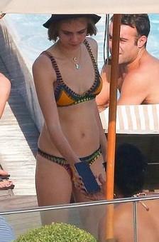 Cara Delevingne ile Rihanna tatilde