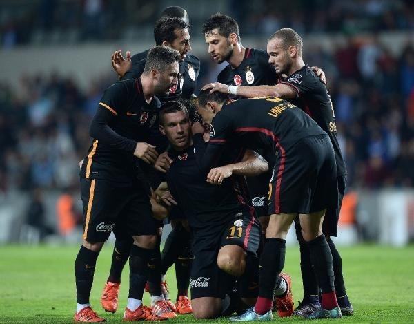 Başakşehir-Galatasaray maçından kareler