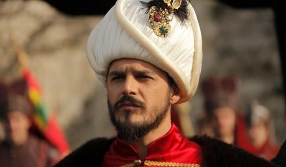 Şehzade Mustafa (Mehmet Günsür) Kimdir