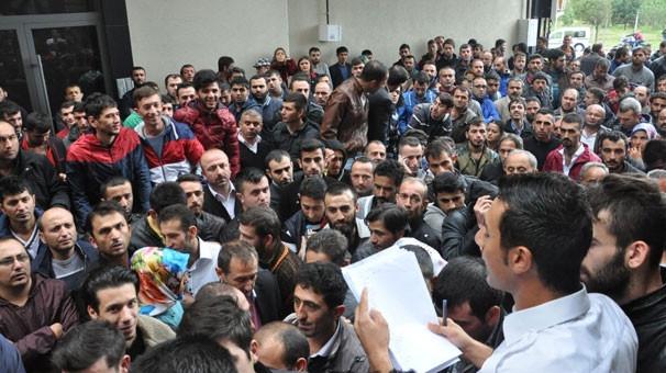 600 kişilik işe 3 bin kişi başvurdu, kuyruk sokağa taştı