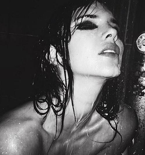 Kendall Jenner, Mert Alaş'a poz verdi