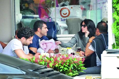 Nefise Karatay ve Yusuf Day'dan barışın fotoğrafı