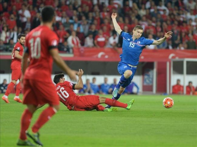 Türkiye-İzlanda maçından kareler