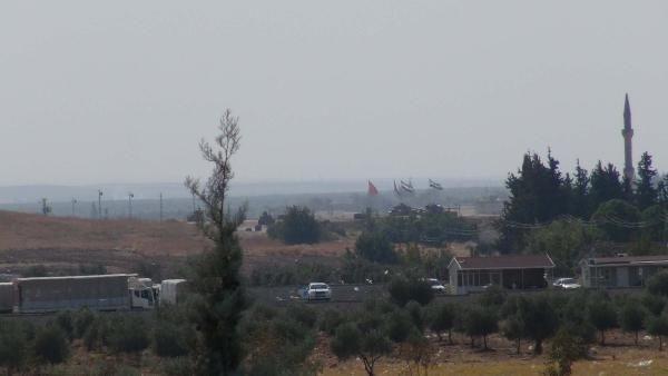 Kara Kuvvetleri Komutanı Suriye sınırında