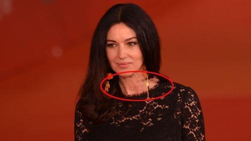 Monica Bellucci yaşını böyle ele verdi