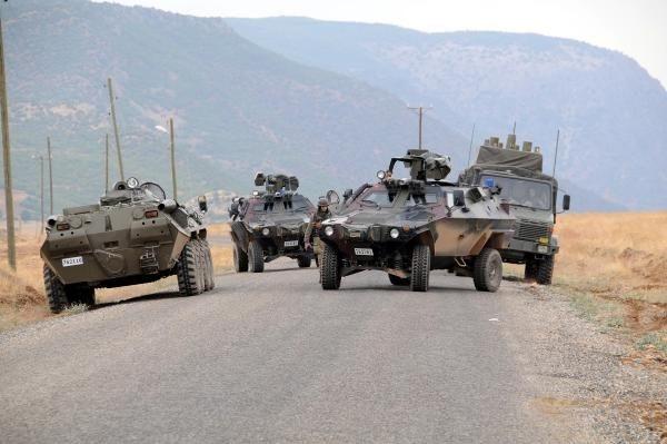 Tunceli'de geceyarısı çatışma: 3 terörist ölü ele geçti