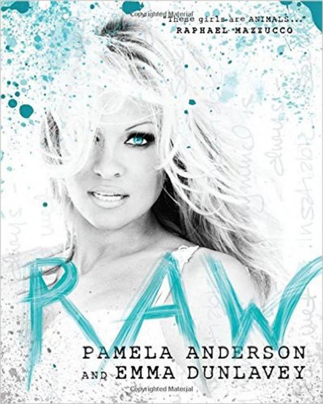 İpek eldivenli demir yumruk: Pamela Anderson