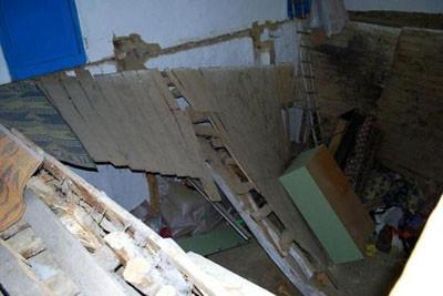Oynarken evi yıktılar