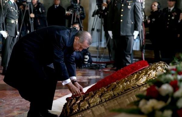 İlk tören Anıtkabir'de yapıldı