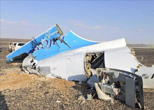 Mısır'da düşen Rus yolcu uçağı enkazına ulaşıldı