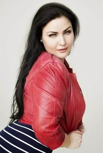 Kardashian'ın Rus versiyonu ortalığı yıktı geçti!