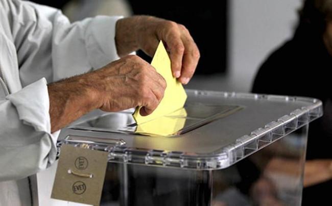 """Seçim sonrası """"Hangi partinin lideri değişmeli?"""