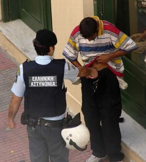 Yunanistanı karıştıran fotoğraf