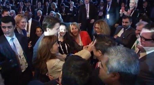 Kanada Başbakanı Trudeau ile selfie yarışı