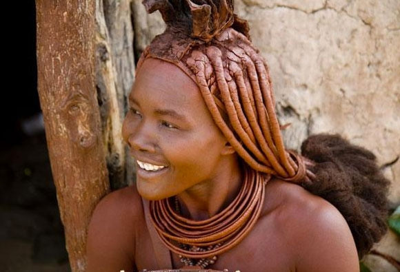 Çıplak kadınlar kabilesi