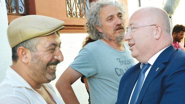 Cem Yılmaz İftarlık Gazoz filminde konuk oyuncu oldu