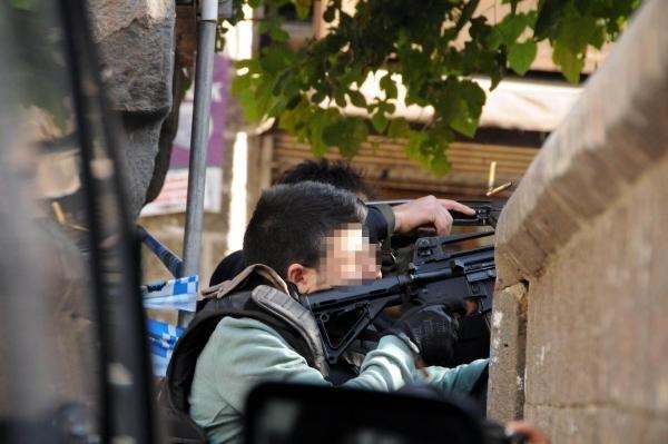 Diyarbakır'da Baro Başkanı Tahir Elçi öldürüldü