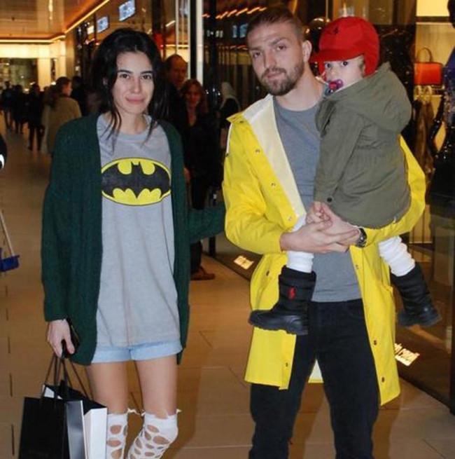 Caner Erkin ile eşi Asena Erkin açıkladı: Boşanmıyoruz
