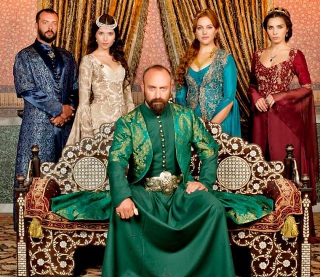 Halit Ergenç, Kanuni Sultan Süleyman'ın mezarını ziyaret edecek