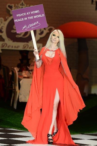 'Barbie'den Atatürk'lü mesaj geldi
