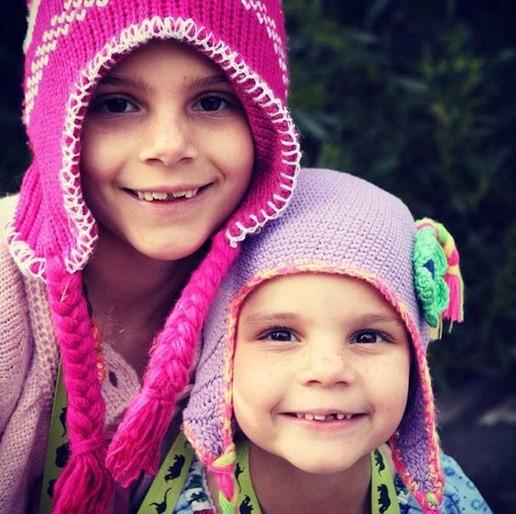İki kız kardeşe teşhis bir türlü konulamıyor