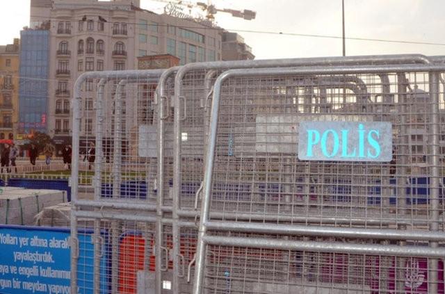 Taksim Meydanı'nda yılbaşı öncesi bariyerli önlem
