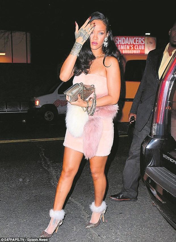 Rihanna'dan yılbaşı kaçamağı