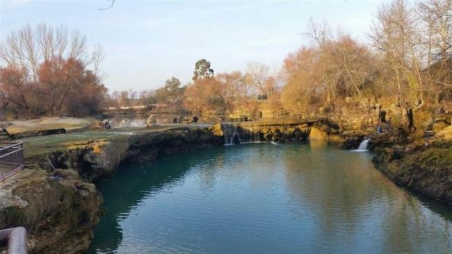 Baraj kapakları kapanınca Manavgat Şelalesi'nin görüntüsü kayboldu