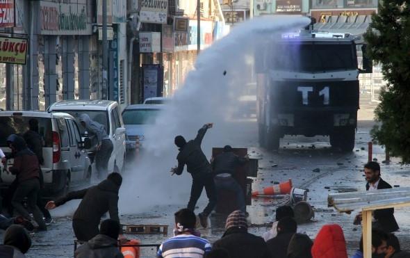 Times: Diyarbakır'ın Sur ilçesi Suriye gibi
