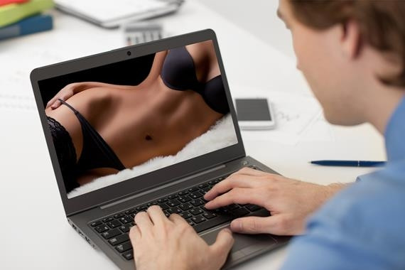 Türkiye pornoyu mobilden izliyor !