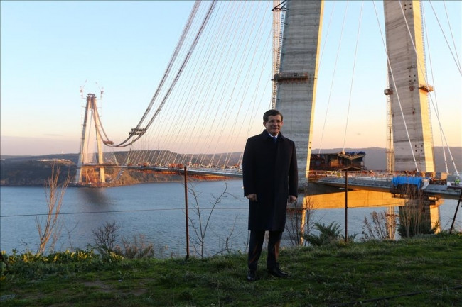 Başbakan Davutoğlu 3.köprüyü inceledi