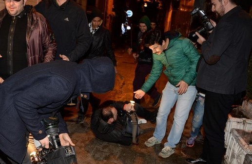 Ata Demirer'in gecesinde bakın neler yaşandı