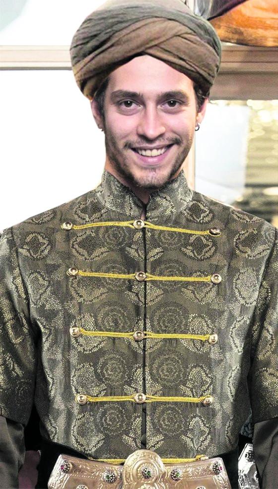 Kösem Sultan'da bir şeyler eksik!