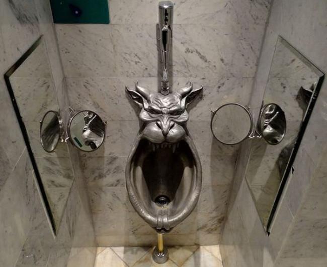 Tasarımları ile dikkat çeken tuvaletler
