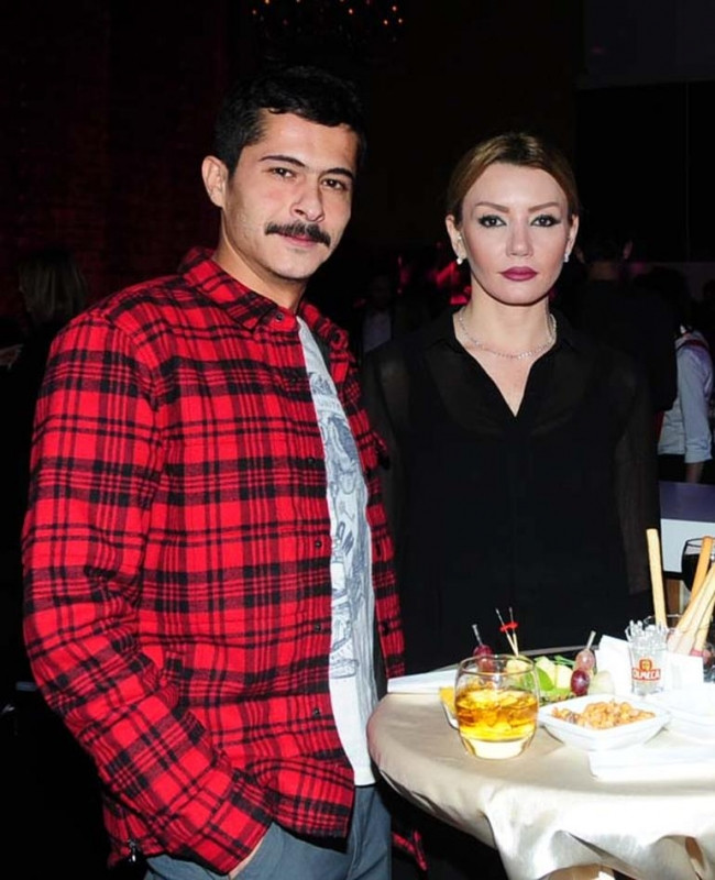 İsmail Hacıoğlu sevgilisi ile evleniyor