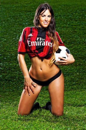 Milan forması giydi, hakemlik kariyeri bitti !