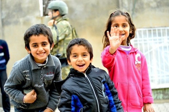 Cizre'de Asker ile halk el ele!