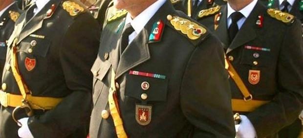 Albaylar için teşvik ikramiyesi ve Bedelli askerlik yasası onaylandı