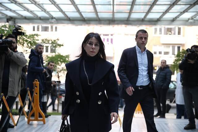 İş dünyası Mustafa Koç için hastaneye geldi