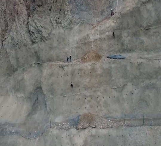 Türkiye'nin dev barajı böyle yapılıyor