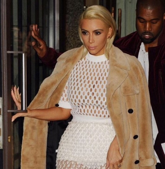 Kim Kardashian saçlarını haftada 2 kez yıkıyor