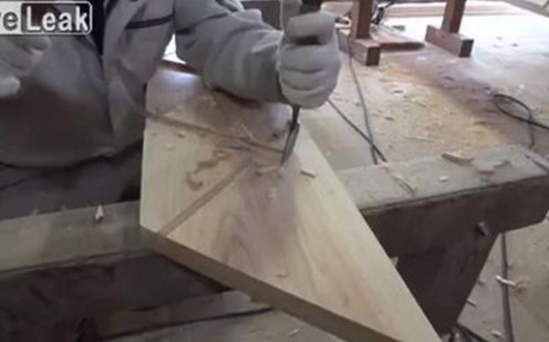 Japonlar el işi merdiveni böyle yapıyor
