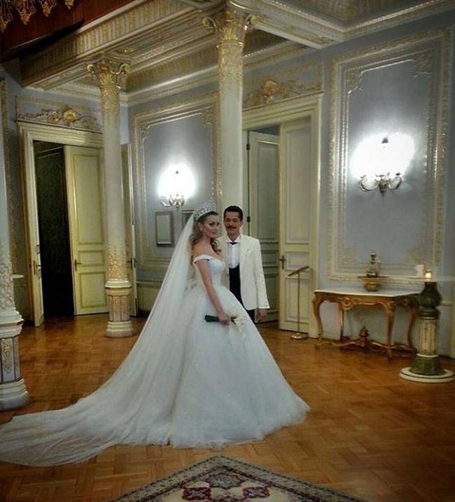 İsmail Hacıoğlu ile Duygu Kaya Kumarki evlendi
