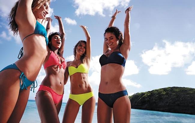 Victoria's Secret Swim Kataloğu karşımızda !