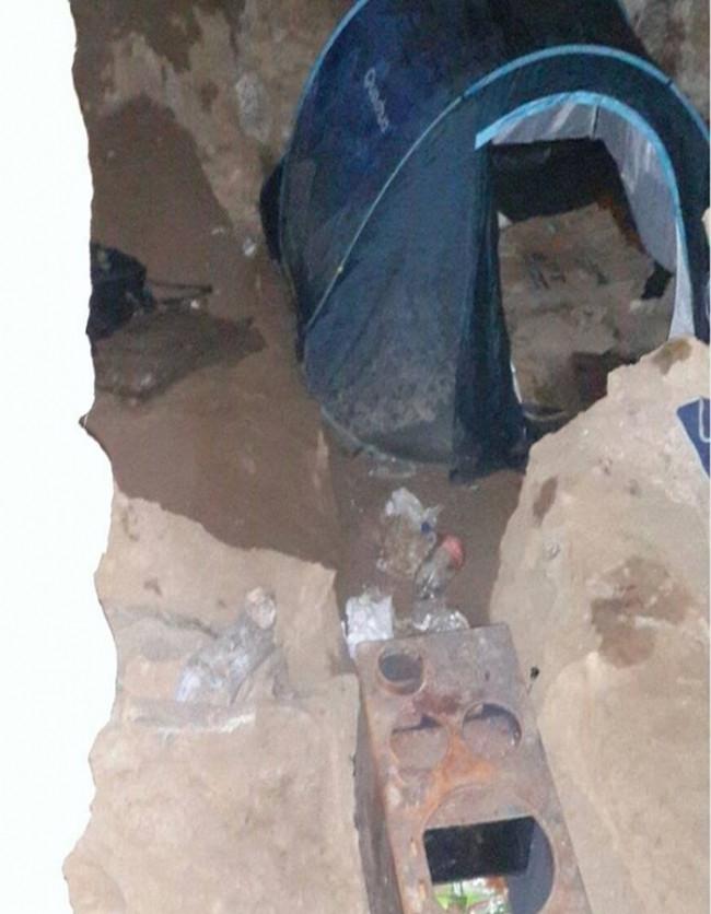 PKK'nın yeraltı hastanesi şok etti ! Çıkanlara bakın..