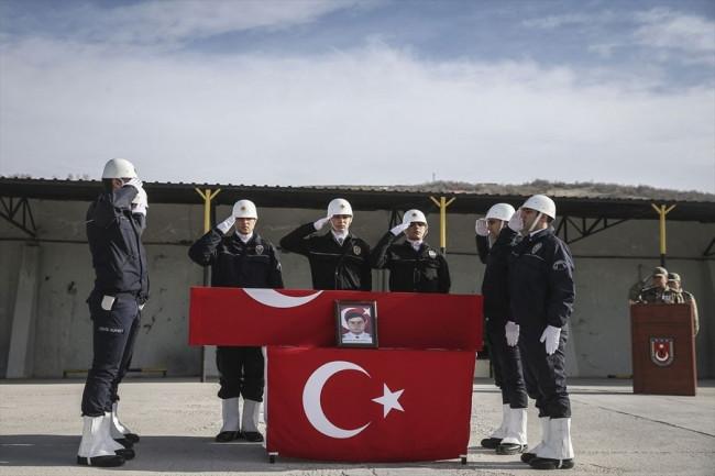 İdil'de şehit olan polis dualarla uğurlandı!