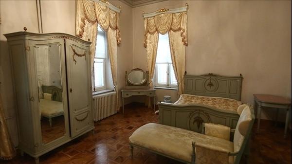 Kasırlarda neden banyo ve yatak odası yok?